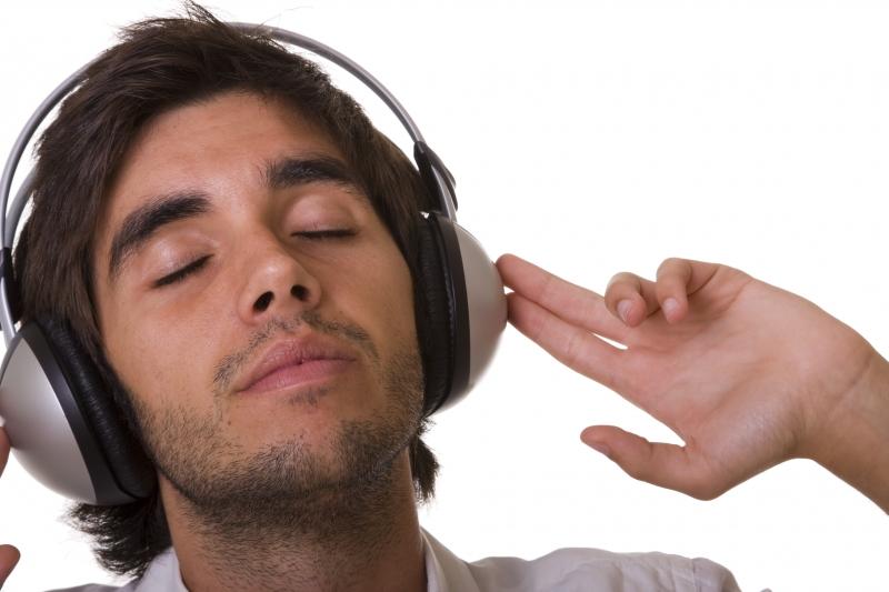 965659-feeling-the-music